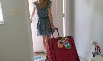 Con la maleta para que vengan los viajes