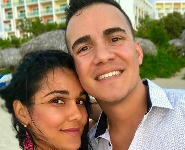 Camila Arteche junto a su novio David Marino