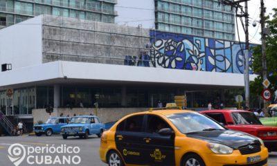 Cuba suspende el servicio de taxis para enfermos por falta de combustible