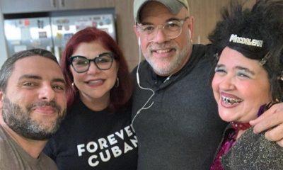 Susana Pérez junto a Judith González y otros amigos