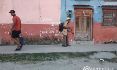 Casas destruidas, paredes escritas en Cuba