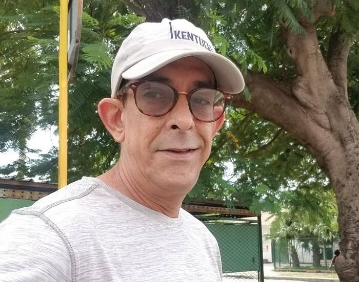 El humorista cubano Ulises Toirac revela que su padre está muy enfermo