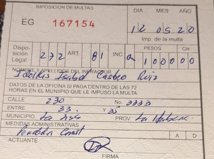 Madre cubana recibe multa de 1.000 pesos por construir una pequeña casa para vivir con sus hijos