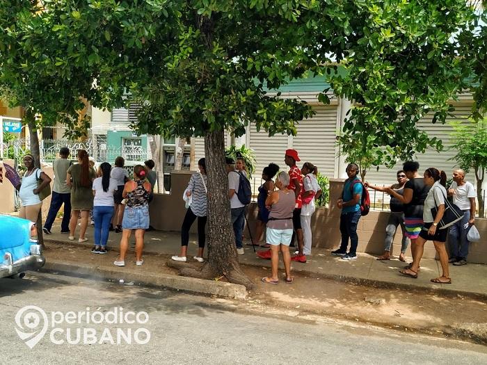 Filas en Cuba