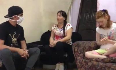 Madre de niña autista recibe visita de Alain El Paparazzi y La Diosa de Cuba
