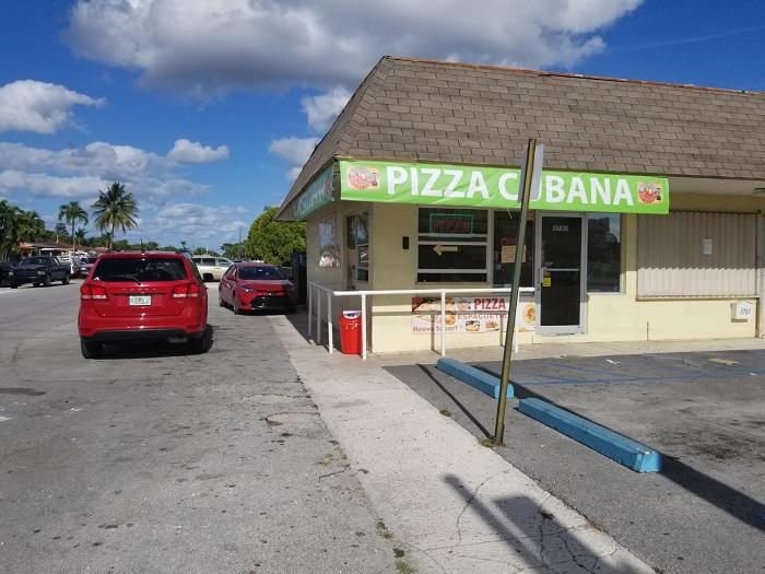 """Negocio de pizzas cubanas en Hialeah improvisa """"drive thru"""" ante la crisis sanitaria"""