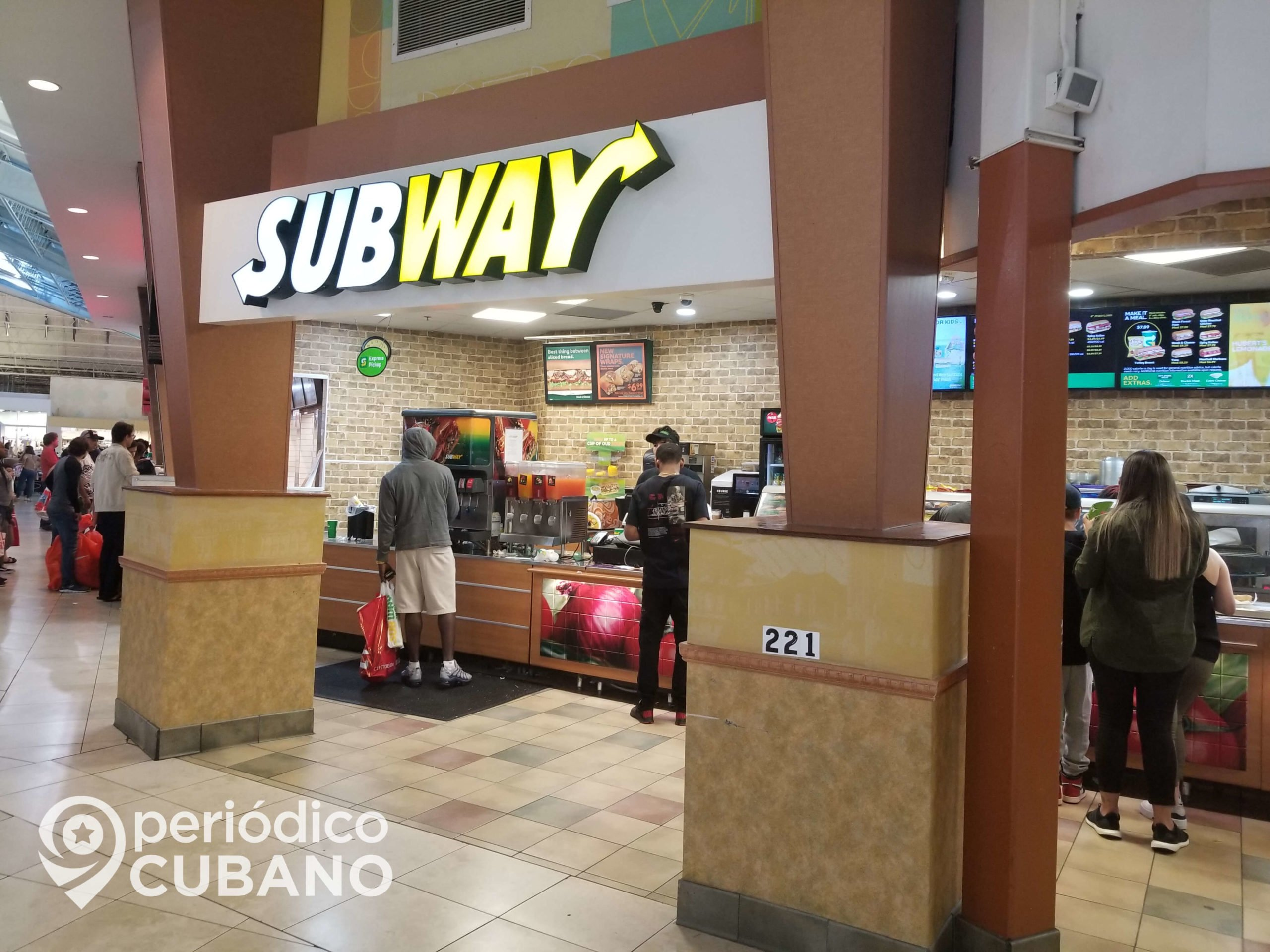 subway dentro de un mall (2) (1)
