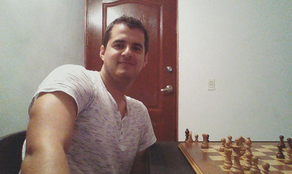 Ajedrecista Roberto García Pantoja lleva 8 meses sin cobrar por culpa del INDER