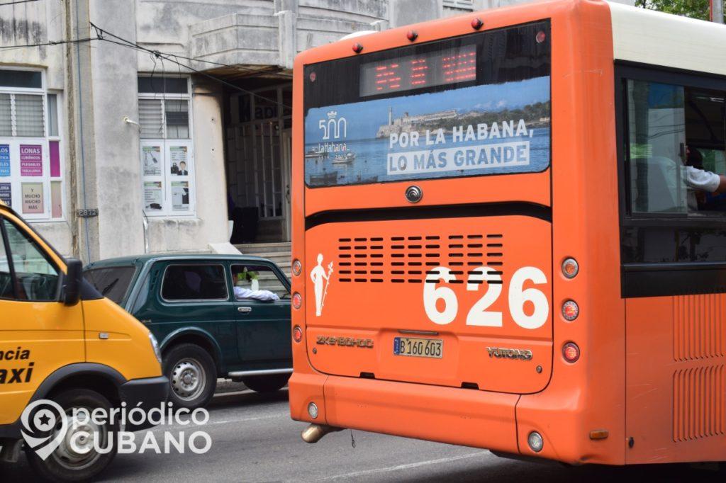 Desde este viernes los cubanos pueden comprar pasase en guaguas nacionales por Internet