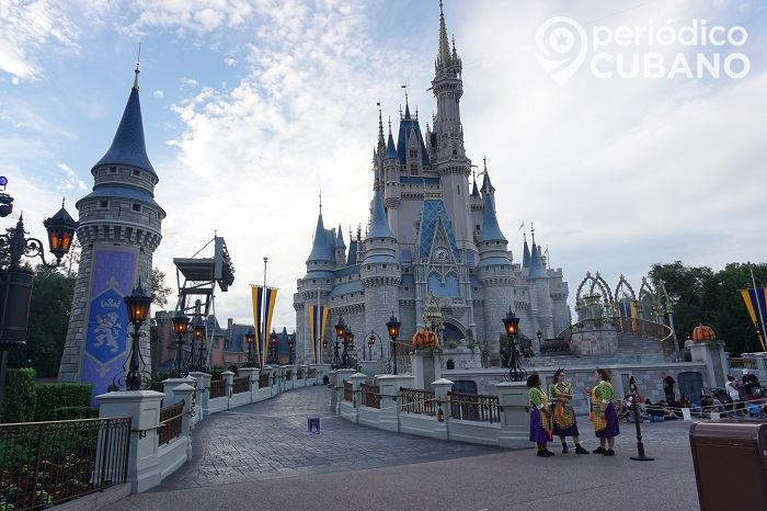 castillo de magic kingdown en disneyworld (14)