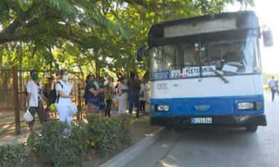 """""""Reajustan"""" transporte en Las Tunas y Cienfuegos por falta de combustible"""