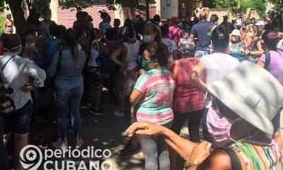 """Coleros en Holguín tienen """"monopolio sobre las tiendas"""", aseguran medios estatales"""