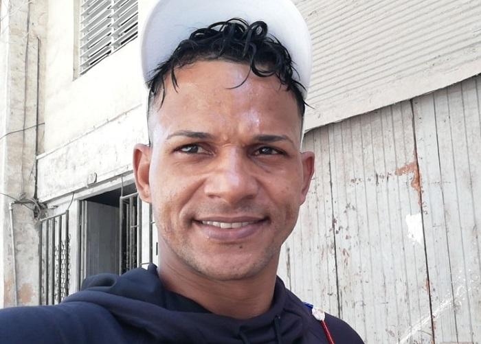 Entregan Habeas Corpus que exige la libertad del rapero cubano Maykel Osorbo