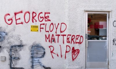 Mural en honor a George Floyd