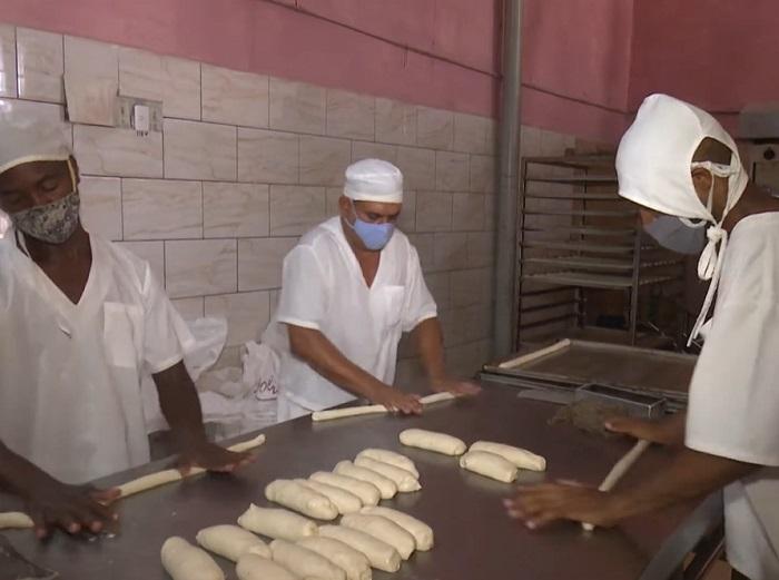Se regulará la venta de pan liberado en Guantánamo