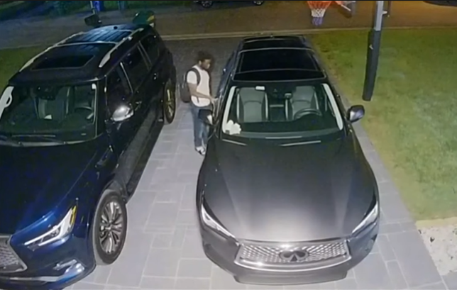 Captan en cámara a ladrón que robó decenas de autos en Coral Springs, Broward (Captura de pantalla: Local 10-Youtube)