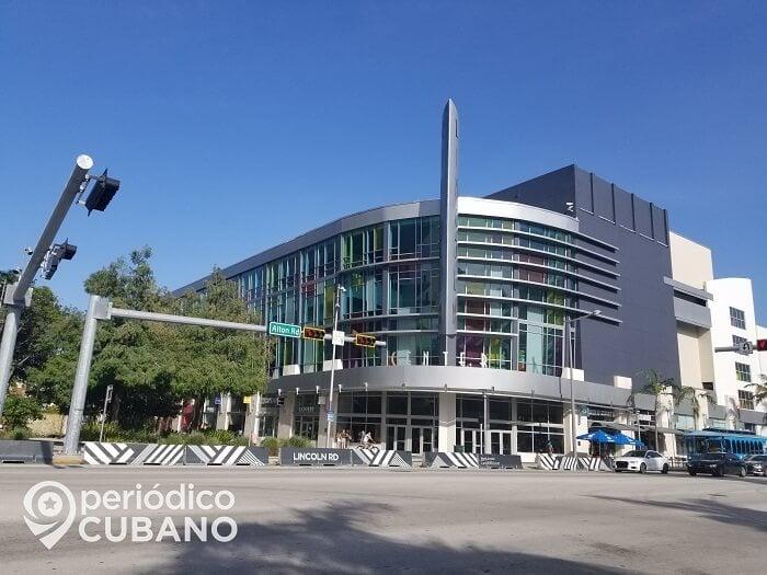 Cines y teatros de Miami-Dade pueden abrir de este viernes al 50% de su capacidad