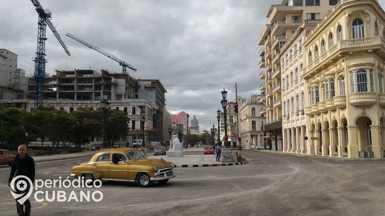 La construcción de hoteles continúa en medio del déficit de vivienda. (Periódico Cubano).
