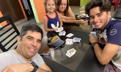 Luis Silva celebra en familia los 17 años de su hijo mayor