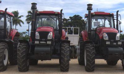 Importan tractores para la producción de azúcar en Ciego de Ávila