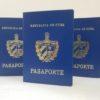 Cubanos varados en el extranjero podrán regresar a la Isla con pasaporte vencido