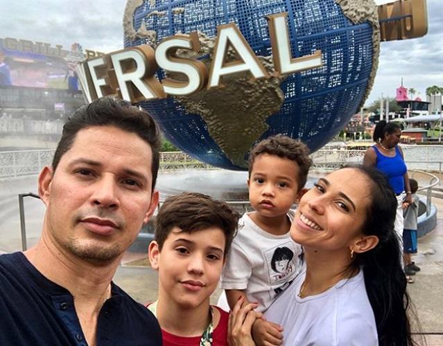 Hijo menor de Leoni Torres y Yuliet Cruz sorprende cantando Mi loca
