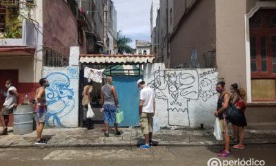 Multan a cubano con 1.200 pesos por decir que en EEUU no hay colas para comprar alimento