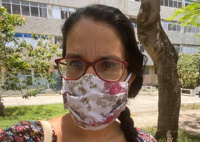 Periodista independiente Luz Escobar denuncia que la Seguridad del Estado no la deja salir de casa
