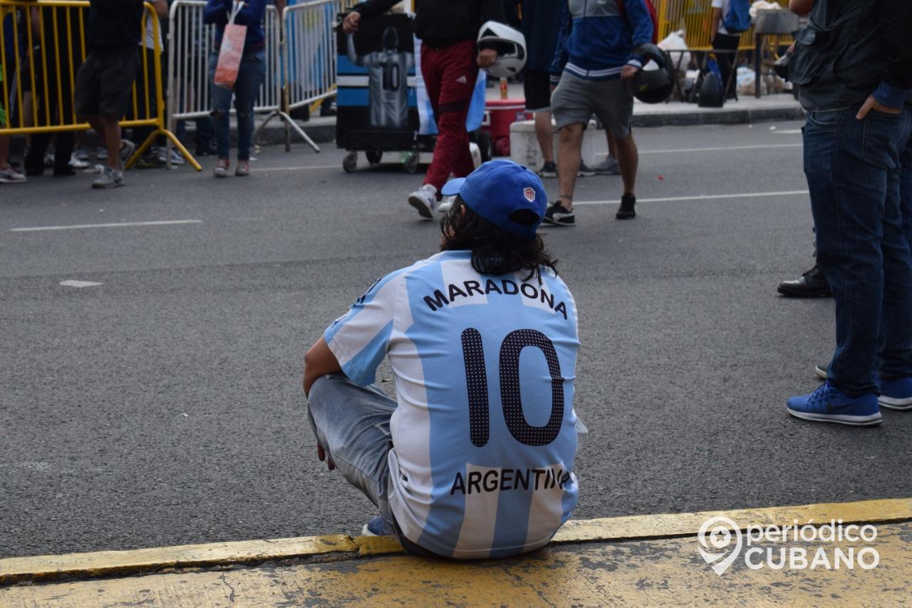 argentina de luto por la muerte de Diego armando maradona genio del futbol (23)