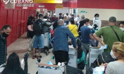 Aeropuerto de La Habana: varias horas de espera y falta de distanciamiento social