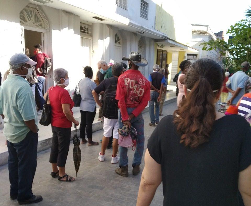 """Cuba Pronostican crecimiento sostenido de los contagios por Covid-19 en las """"próximas semanas"""""""