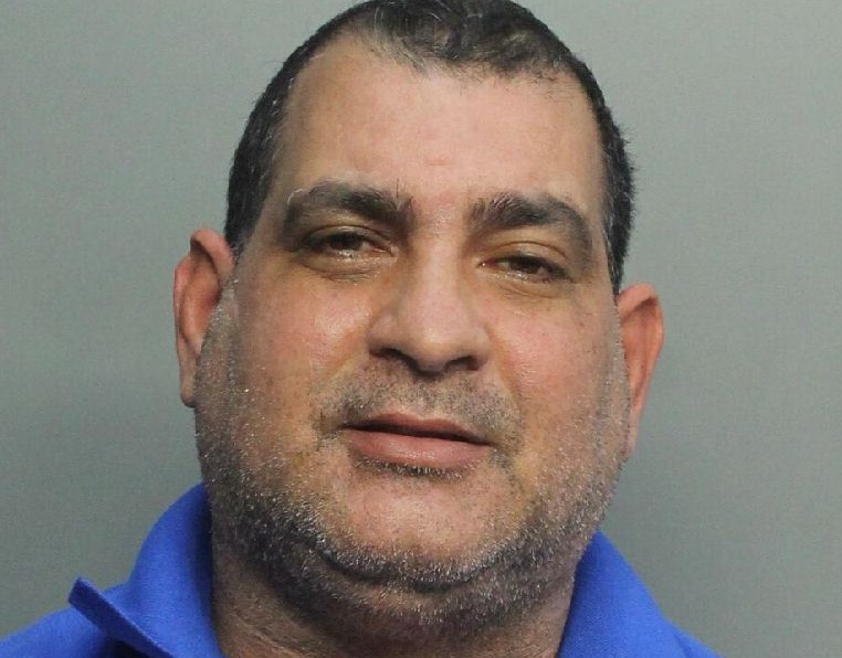 Cubano en la Pequeña Habana es arrestado por asesinar a su esposa a puñaladas
