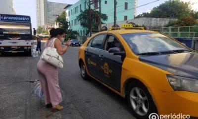 El taxi es la opción más barata para el traslado al cementerio