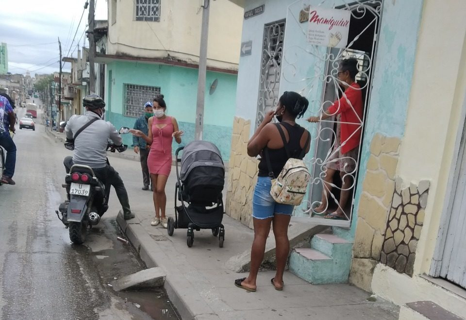 Gobierno cubano realiza encuesta ante posible acercamiento con Washington