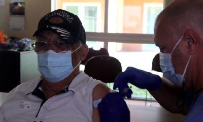 Inicia la vacunación contra el Covid-19 en 4 residencias de ancianos en Hialeah