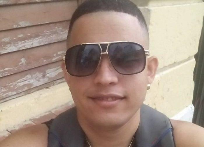 Luis Robles presentó una alergia en la piel por estar encerrado en una celda de castigo