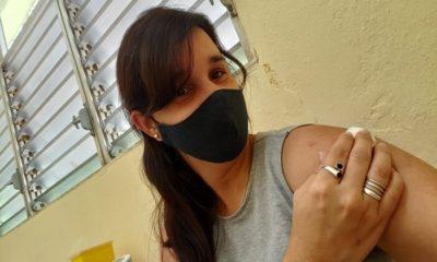 Periodista oficialista explica cómo es el ensayo de la vacuna Soberana 02