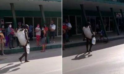 La escandalosa protesta de un cubano frente a una tienda de Villa Clara