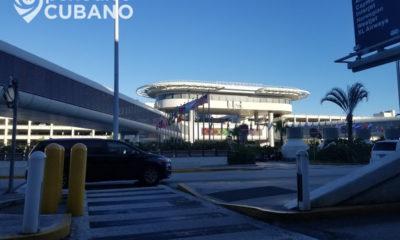 exterior del aeropuerto de miami