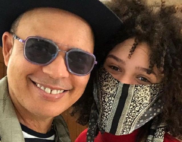 Alexis Valdés orgullosísimo de su hija América