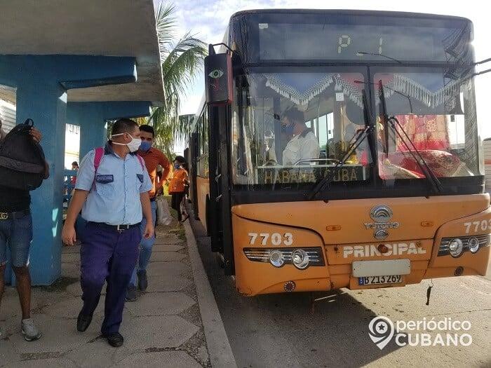 Reportan robo de billeteras en el transporte público de La Habana