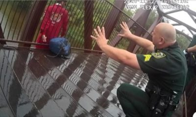 Se hace viral video rescate policía hombre intentó suicidarse Florida