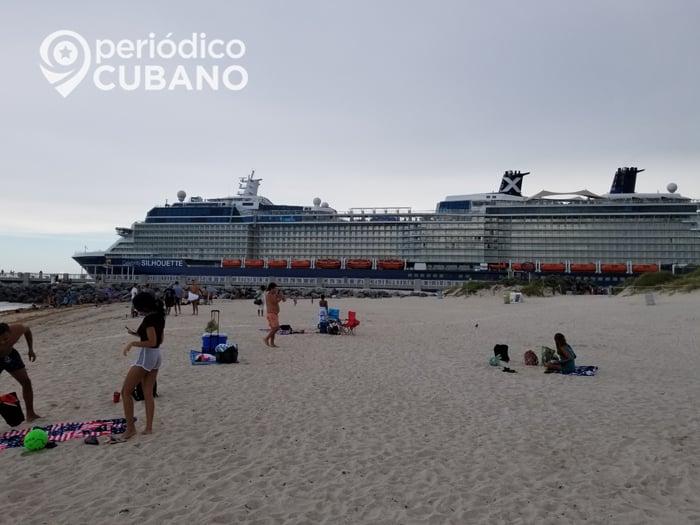 crucero saliendo por south point en miami beach