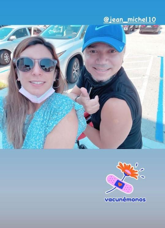 María Karla Rivero Veloz y su esposo se vacunan contra el Covid-19