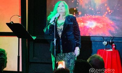 Mirtha Medina cantando en el centro nocturno Alfaros (4)