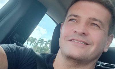 Orlando Fundichely celebra estar vacunado contra el Covid-19