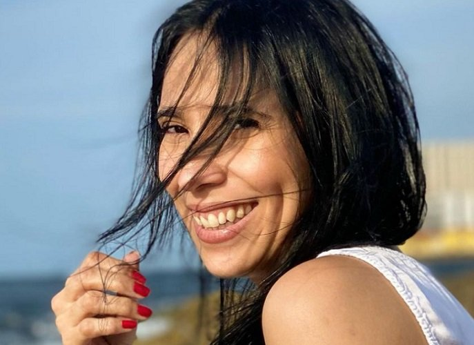 Yuliet Cruz y sus fotos en el malecón habanero