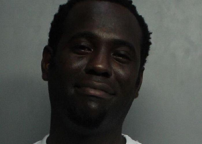 Chocolate MC fue arrestado por golpear a una mujer