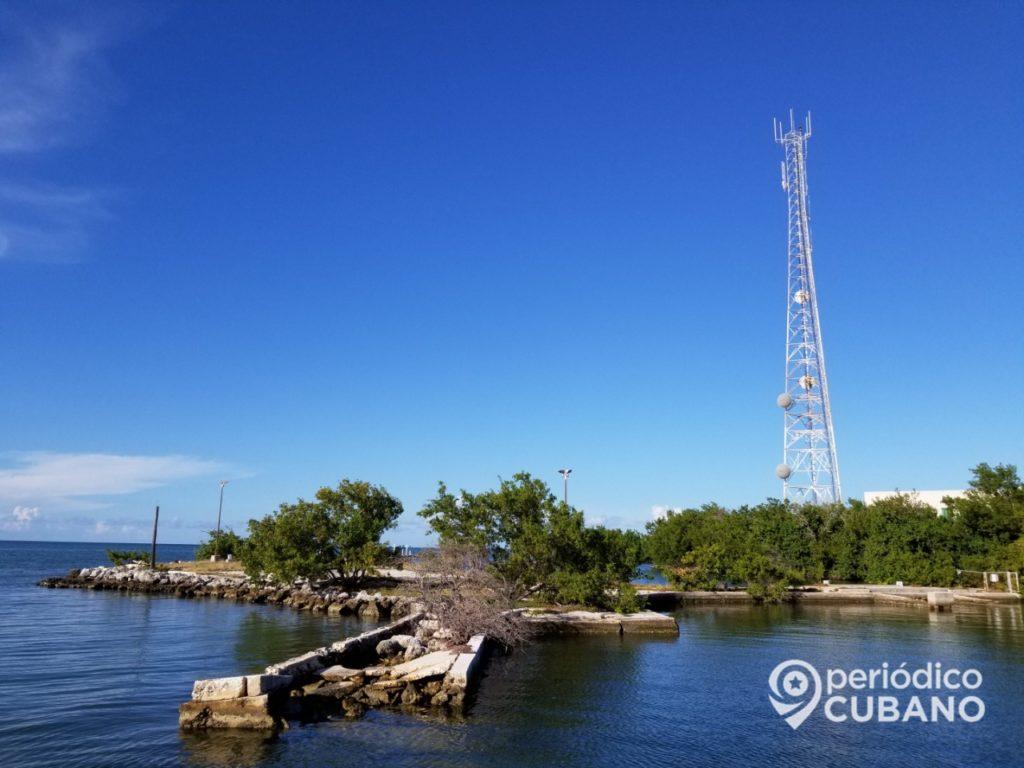 """Etecsa instalará 50 torres para a cobertura de señal celular a """"prueba de huracanes"""""""