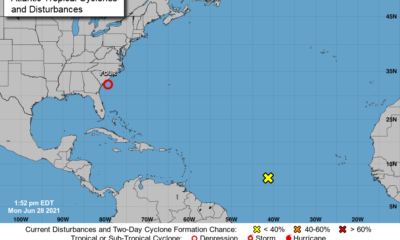 Nueva depresión tropical se forma cerca de las costas de Florida (1)